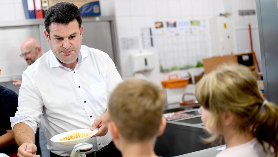 Arbeitsminister Heil lehnt höheren Hartz IV-Regelsatz für Lebensmittel ab