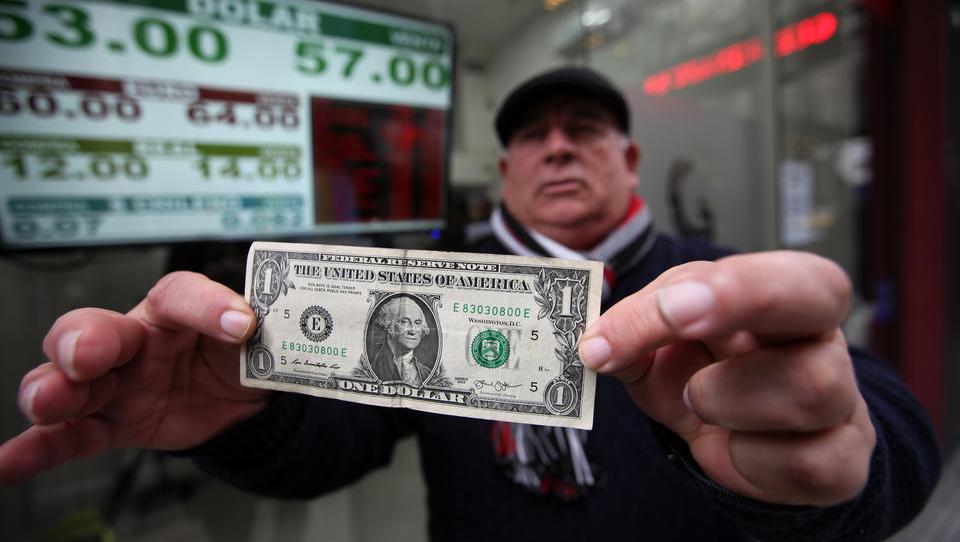Argentinien bekämpft Währungskollaps: Bauern müssen Devisen in Peso tauschen