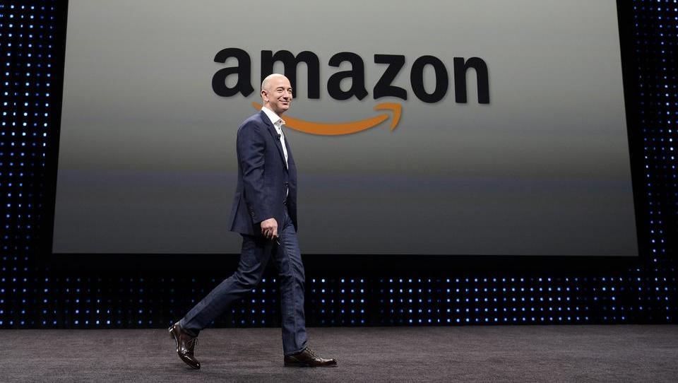 """Wagenknecht: """"Bundesregierung schaut bei Corona-Ausbrüchen in Amazon-Logistikzentren weg"""""""