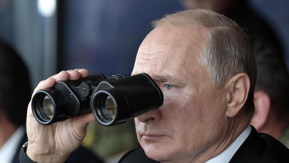 Wegen Afghanistan-Chaos: Putin entsendet Schützenpanzer nach Tadschikistan