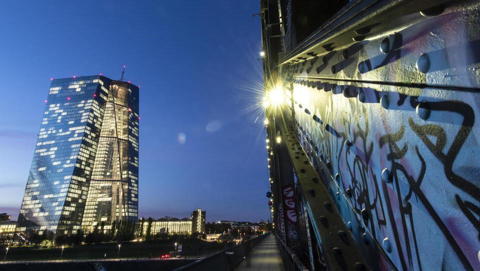 In der Eurozone zirkulierende Geldmenge steigt weiter rasant an
