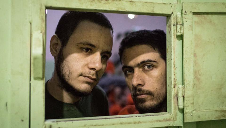 Ist der IS zurück? Schwerer Angriff auf Bus-Konvoi nahe Palmyra, Dutzende Elite-Soldaten tot