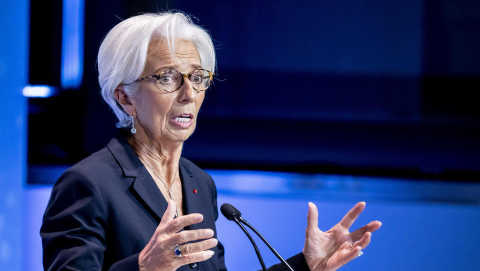Es wird knallen: In der Euro-Zone erhebt sich ein großer Berg aus faulen Krediten
