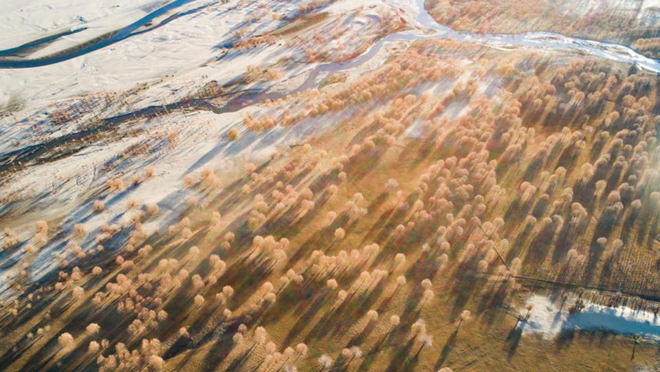 China kündigt Bau des weltgrößten Wasserkraftwerks an