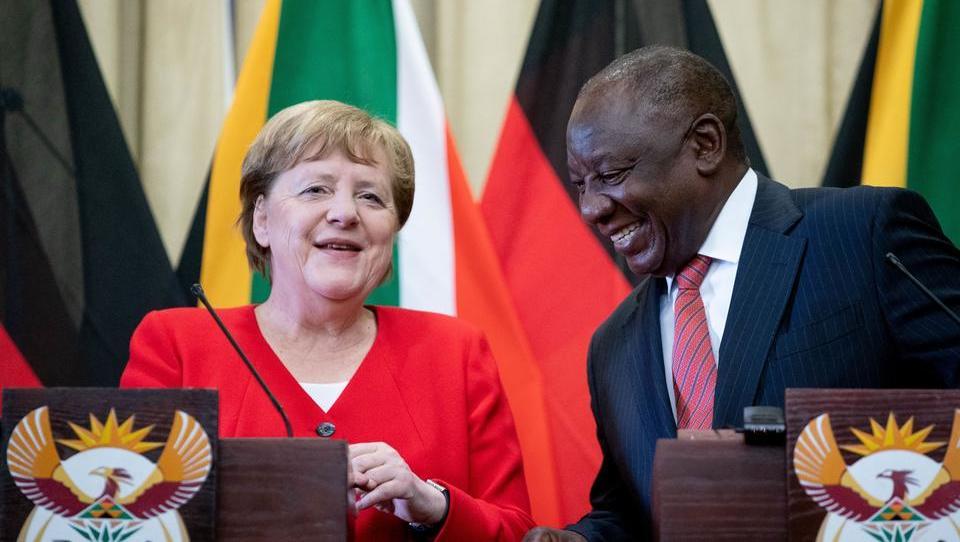 AfD verklagt Merkel: Verhinderung der Thüringer Koalition hat ein gerichtliches Nachspiel