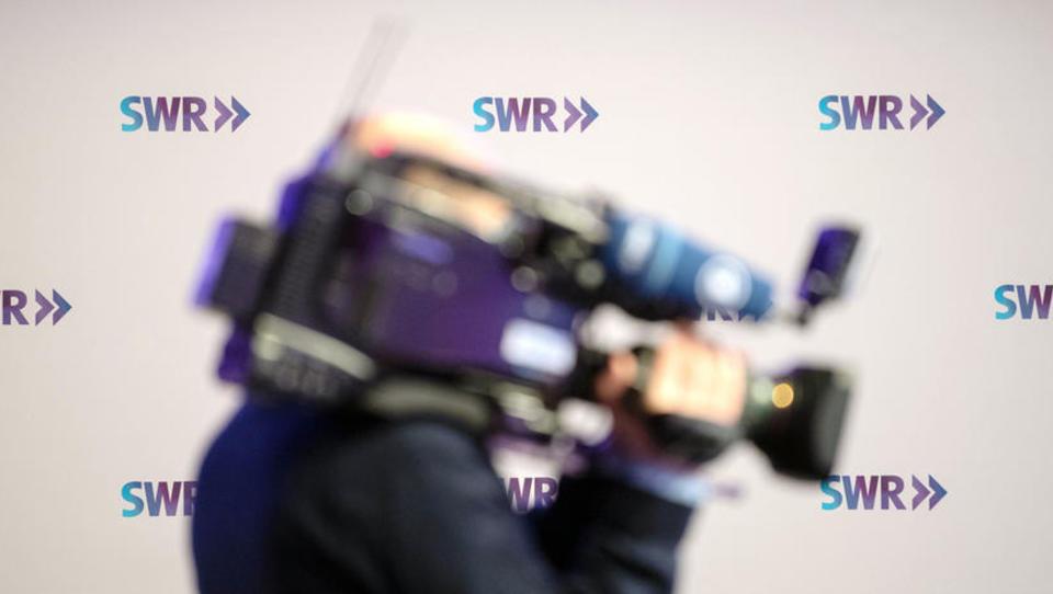 SWR setzt trotz blockiertem Rundfunkbeitragsplus Gehaltserhöhungen durch