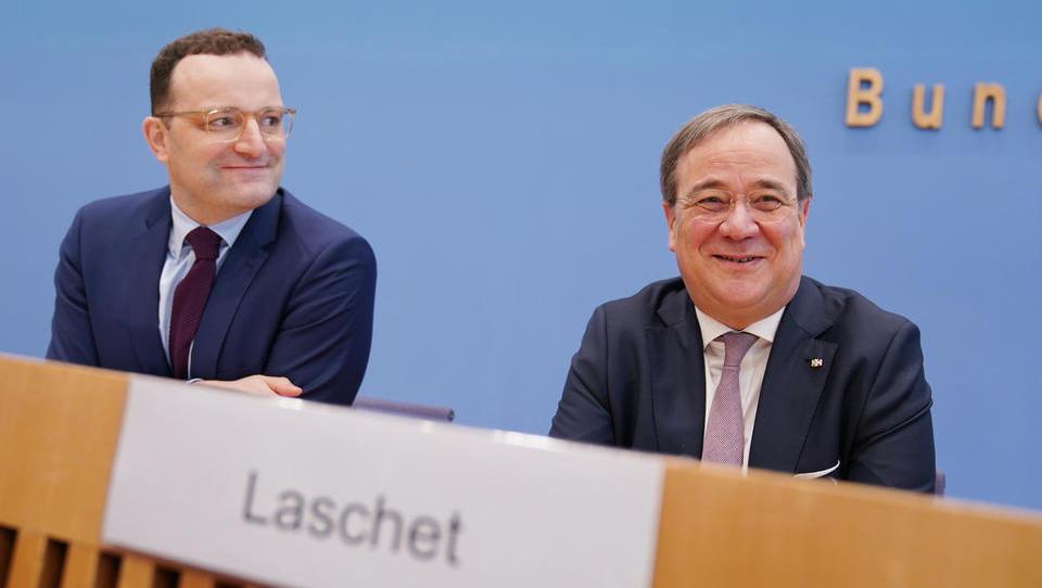 """Laschet und Spahn planen Ära nach Merkel: """"Klare Abgrenzung nach rechts"""" und Digitalministerium"""