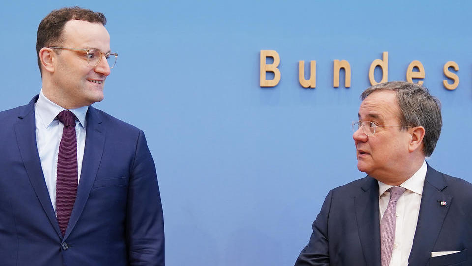 Attacken gegen CDU-Chef Laschet wegen Ansichten zu Russland – Spahn könnte profitieren