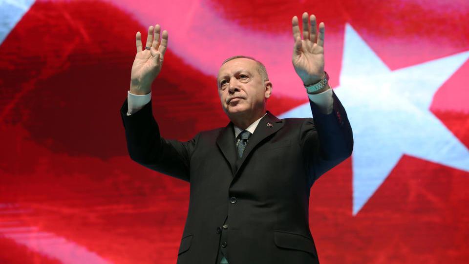 Lira-Kurs bricht massiv ein: Erdogan feuert überraschend Zentralbank-Vizepräsidenten