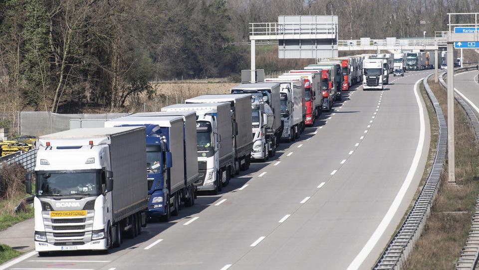 Spediteure warnen vor Grenzstaus und gestörten Lieferketten