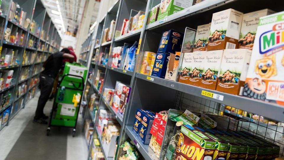Merkel lässt Schutzschirm für Lieferketten auslaufen