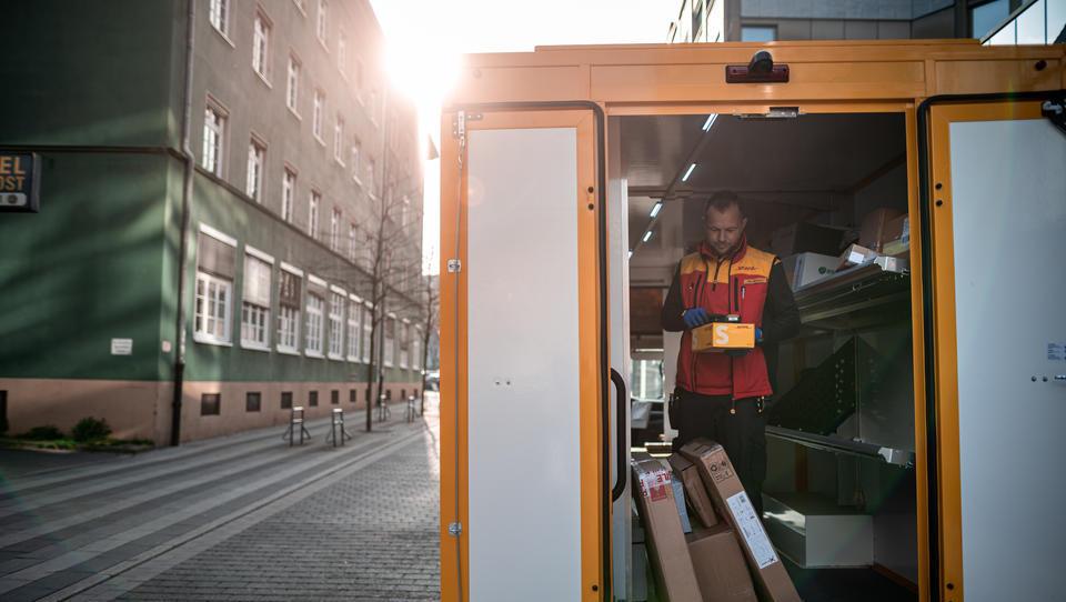 Paketzusteller – das unterste Glied in der Hackordnung des Online-Shopping