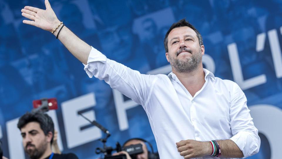 Bis zu 15 Jahre Haft drohen: Gericht startet Prozess gegen Salvini wegen Boots-Flüchtlingen