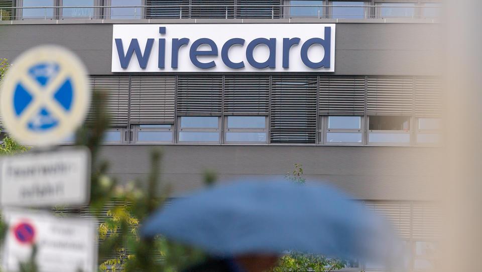 Chef der Wirtschaftsprüferaufsicht handelte mit Wirecard-Aktien - Rücktritt gefordert