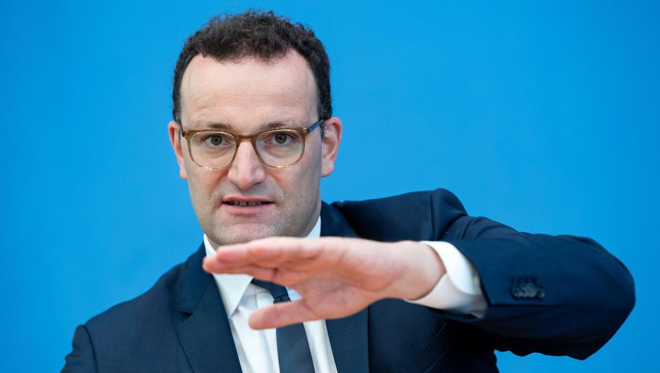 Spahn beauftragt IBM mit Entwicklung von deutschem Digital-Impfpass