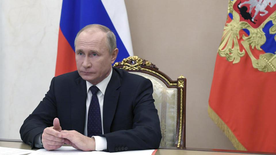 Putin kündigt Massenimpfung ab kommender Woche an