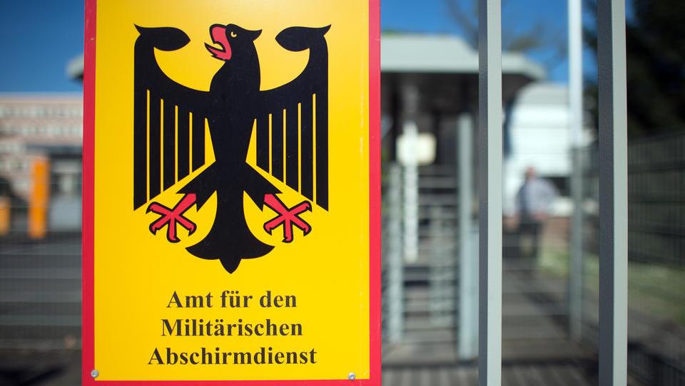 Nach MAD-Razzia: Leitender Bundeswehr-Beamter begeht Selbstmord