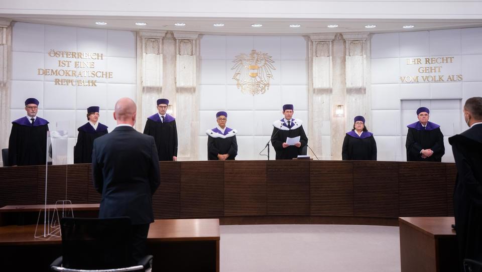 Verfassungsgericht Österreich: Gastro-Auskunftspflicht in Corona-Krise war gesetzeswidrig