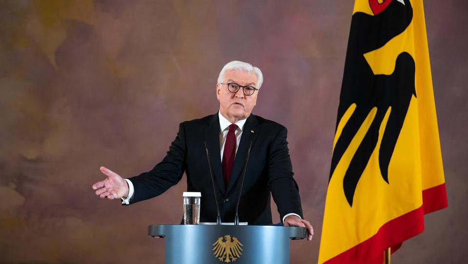 """Corona-Ticker: Bundespräsident Steinmeier: """"Die Lage ist bitterernst"""""""