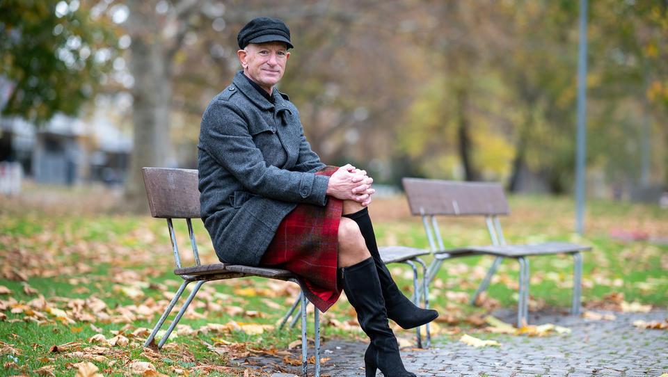 Deutschland 2020: 61-Jähriger Ami aus Nürnberg in High Heels wird zum Instagram-Hit