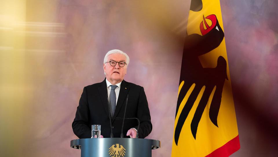 """Steinmeier verkündete im April 2020: """"Wir werden einiges von dem gemeinsam erarbeiteten Wohlstand preisgeben"""""""
