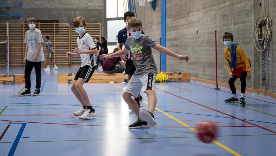 Knaller-Urteil in Weimar: Keine Masken und kein Mindestabstand mehr für Schüler  – Kindeswohl gefährdet