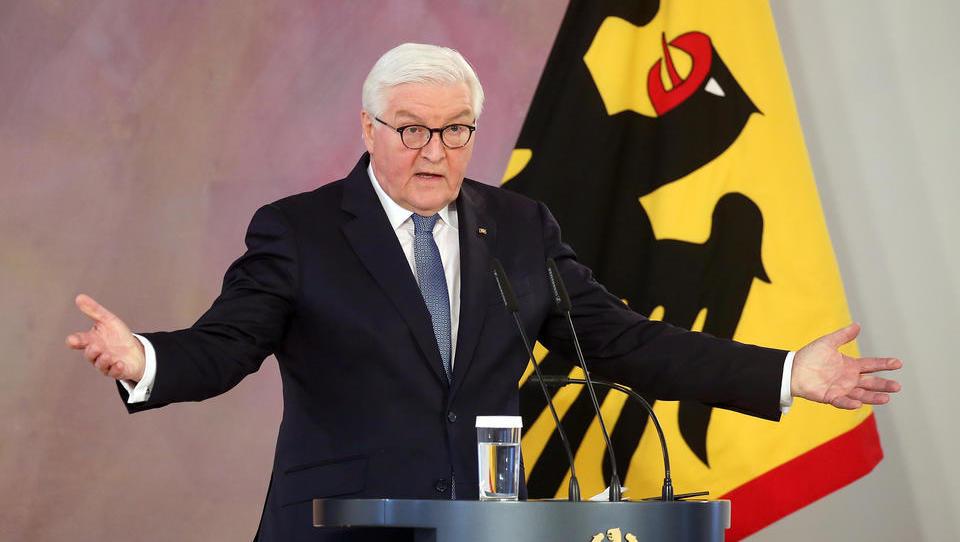 Steinmeier erwägt staatliche Regulierung der sozialen Medien im Namen der Freiheit und der Demokratie