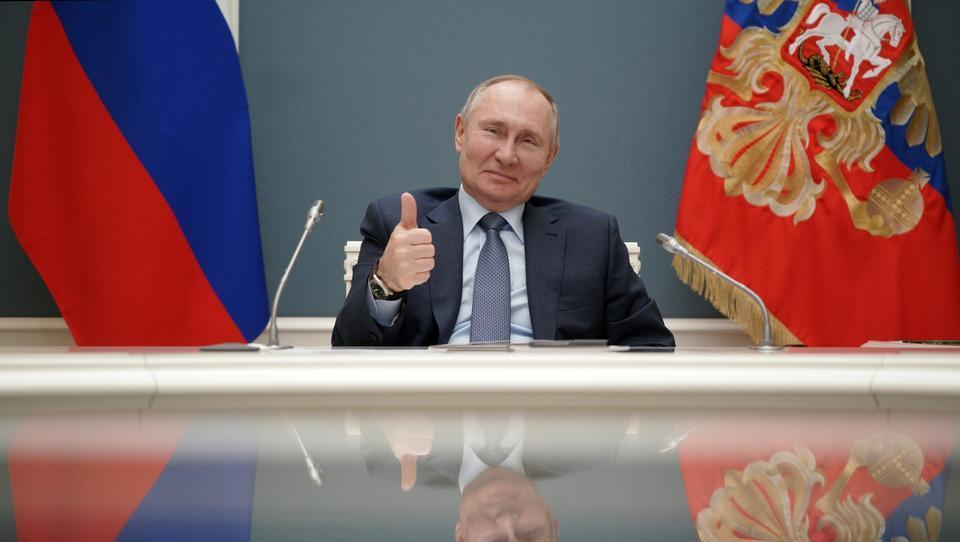 Russen wollen in Schwaben Corona-Impfstoff Sputnik V produzieren