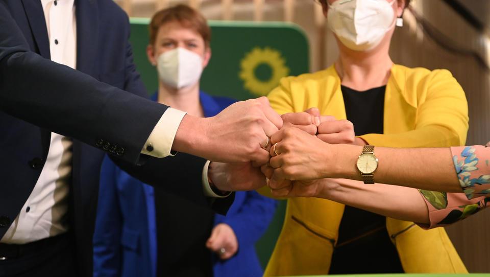 SPD gewinnt Wahl in Rheinland-Pfalz deutlich, Grüne gewinnen Landtagswahl in Baden-Württemberg
