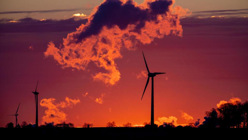 Stromerzeugung aus Windkraft bricht im ersten Halbjahr ein