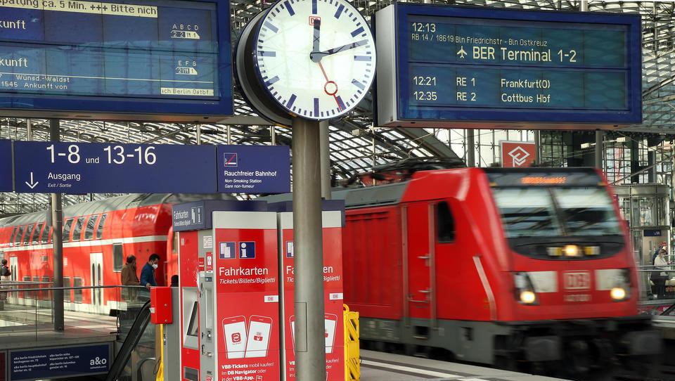 Gilt ab heute: Ausgangsbeschränkung umfasst auch Bahn-Reisen und Flüge in Hochinzidenz-Städte