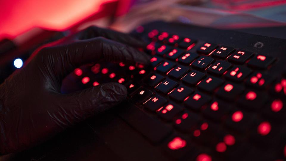 Hacker erbeuten Kryptowährungen im Wert von über 600 Millionen Dollar