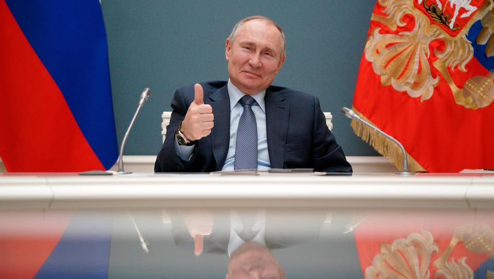 """Drohung aus der EU: """"Angriff auf Ukraine heißt: sofortiges Öl/Gasembargo"""" gegen Russland"""