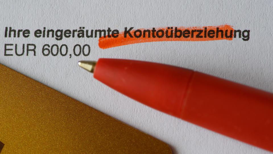Privathaushalte haben durchschnittlich 7.100 Euro auf Girokonten