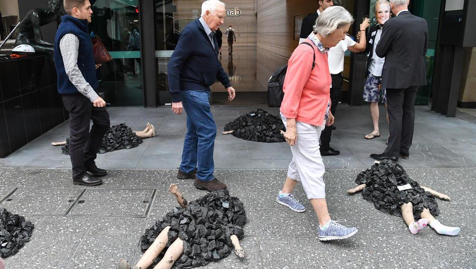 Klima-Hysterie: Aktivisten terrorisieren die Londoner Innenstadt