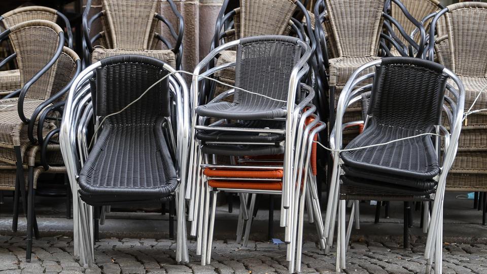 Gastgewerbe leidet weiter unter Corona – Kaum Erholung im Februar