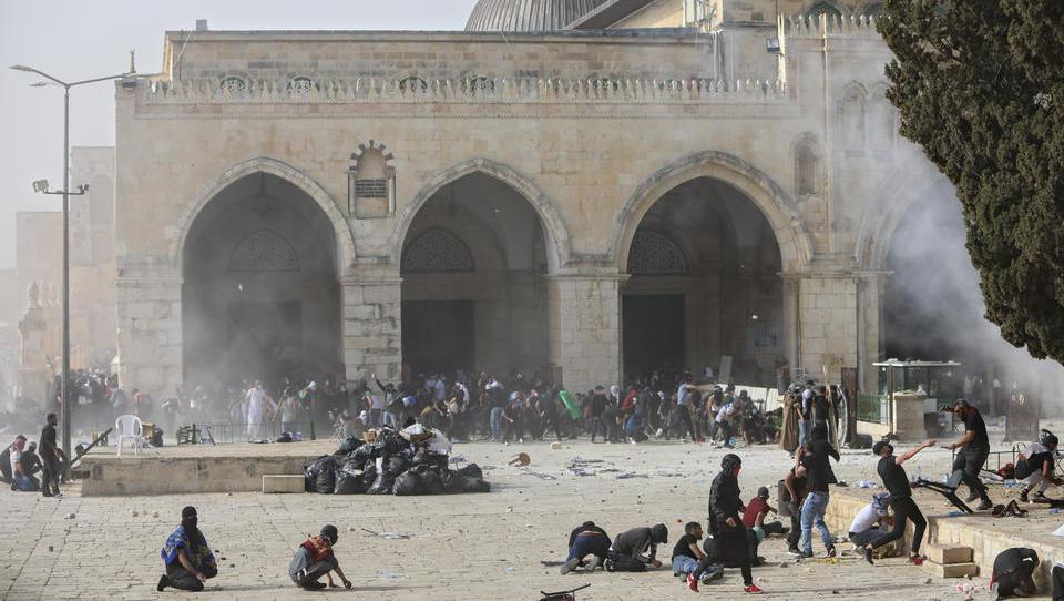Schwere Auseinandersetzungen erschüttern Jerusalem, UN-Sicherheitsrat beruft Krisentreffen ein