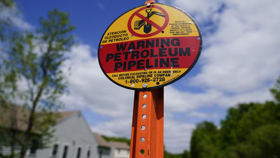 Hackerangriff auf US-Pipeline: Investoren bereiten Aufkauf von Benzin in Europa vor