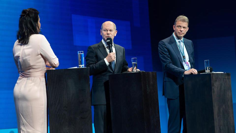 Kniefall vor Scholz? Wirbel um vernichtende Studie der Deutschen Bank zur Wirtschafts- und Finanzpolitik