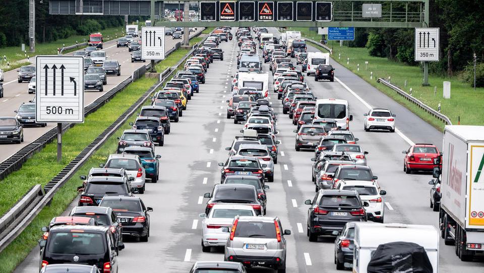 ADAC: Für das Wochenende werden viel Verkehr und Staus erwartet
