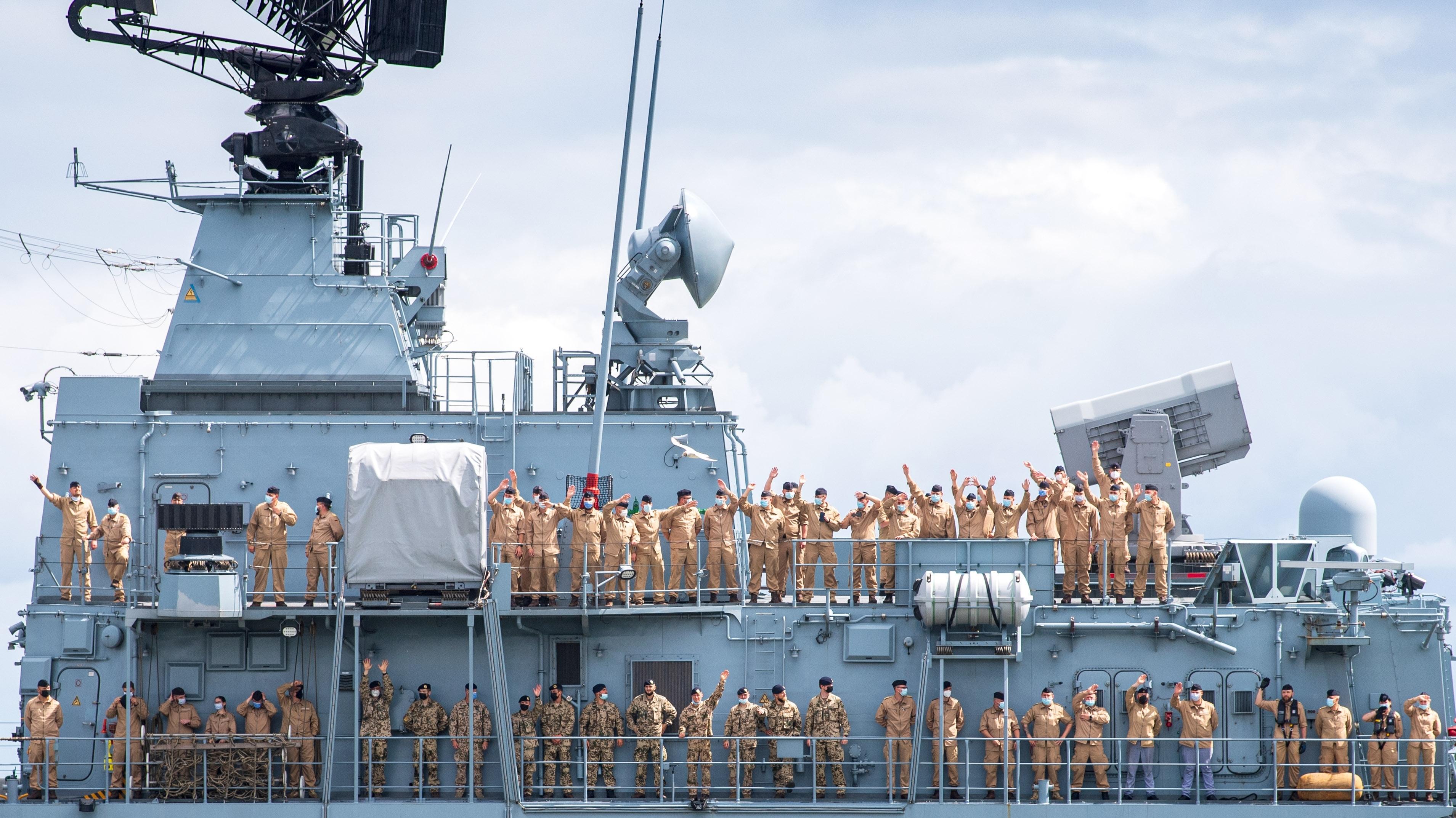 """Symbolpolitik auf den Weltmeeren: Fregatte """"Bayern"""" beginnt Reise in den Indischen und Pazifischen Ozean"""