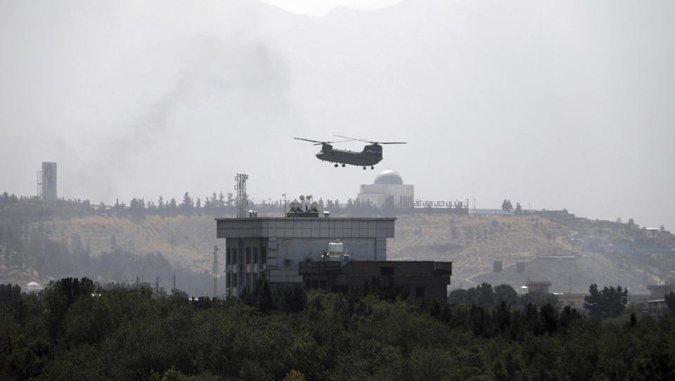"""Amerikas neuer Saigon-Moment"": Internationale Pressestimmen zum Fall Afghanistans an die Taliban"