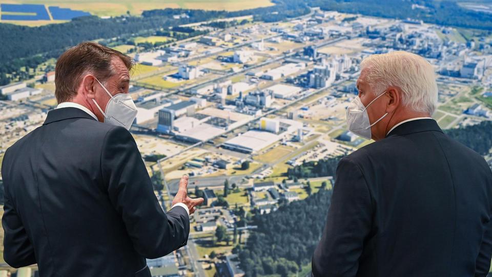 Knappe Rohstoffe: BASF setzt auf Ausbau des Batterierecycling