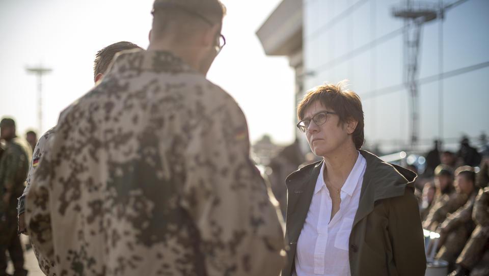 Debakel in Afghanistan befeuert Debatte über Europas militärische Schwäche