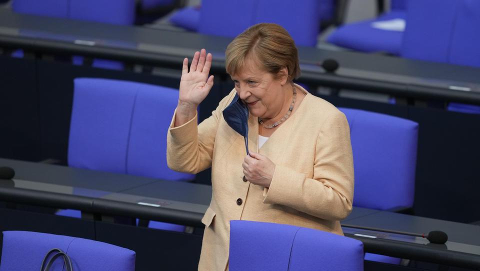Hashtag #Merkel ist Top-Trend: Deutsche Bürger attackieren die Kanzlerin aufs Schärfste