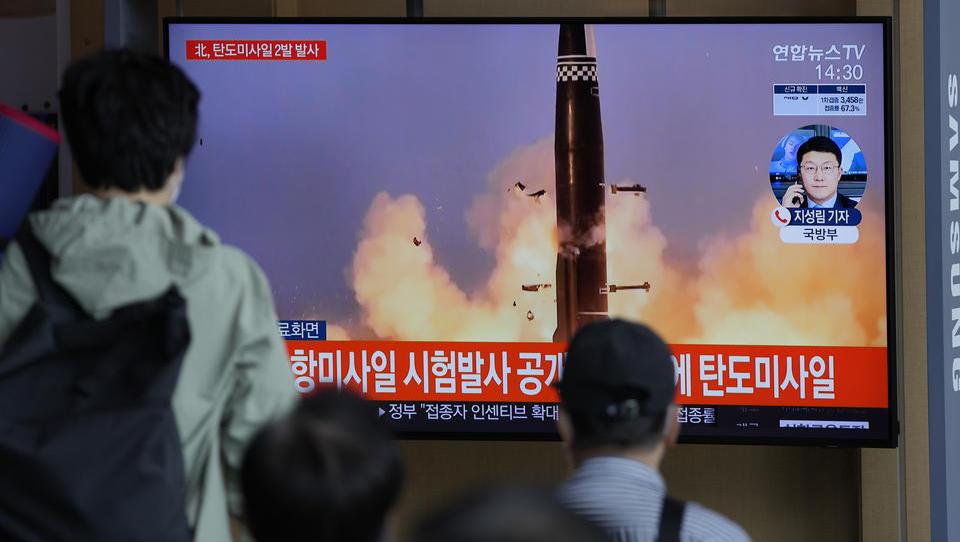 Süd- und Nordkorea testen ballistische Raketen