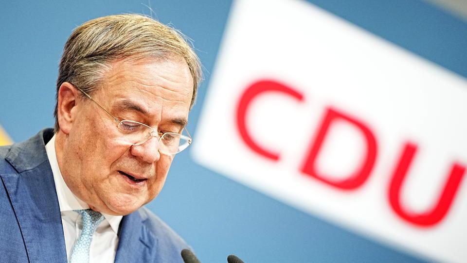 CDU-Sonderparteitag soll Parteispitze komplett neu wählen