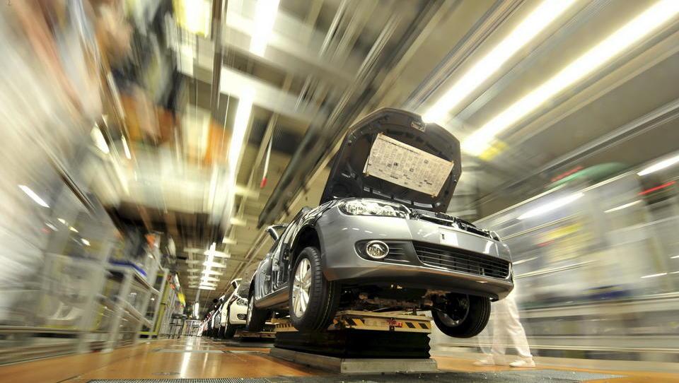 Weniger Rabatte und Kaufanreize: Ausgerechnet in der Wirtschaftskrise setzten die Autobauer auf volles Risiko