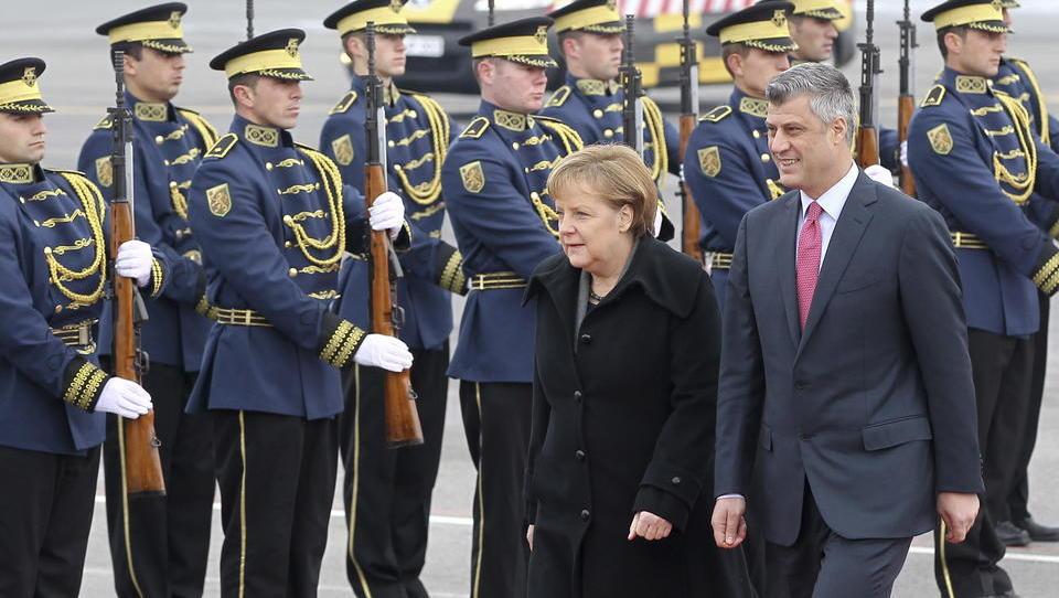 Ringen um Balkan eskaliert: Sondergericht der EU verhindert Trumps Gipfel mit Serbien und Kosovo