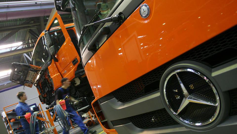 Putin will russischer Auto-Industrie helfen - auch Daimler würde profitieren